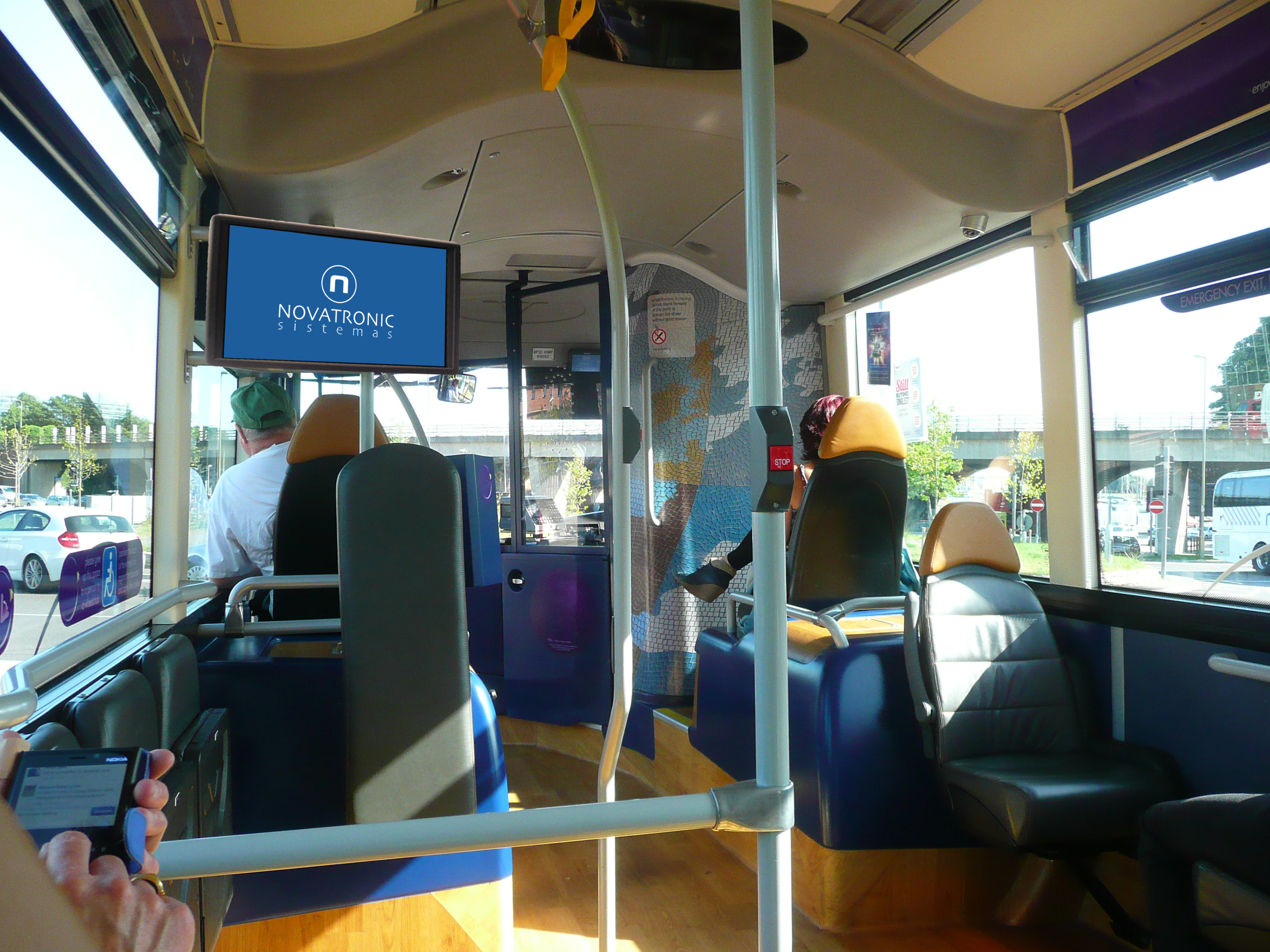 Monitores industriales a medida autobuses y subestaciones - Medidas de monitores para pc ...